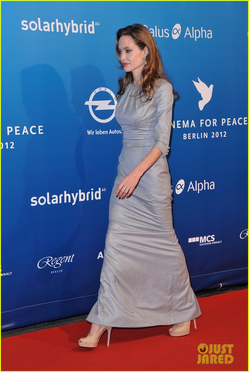 angelina jolie brad pitt cinema for peace gala 052628682
