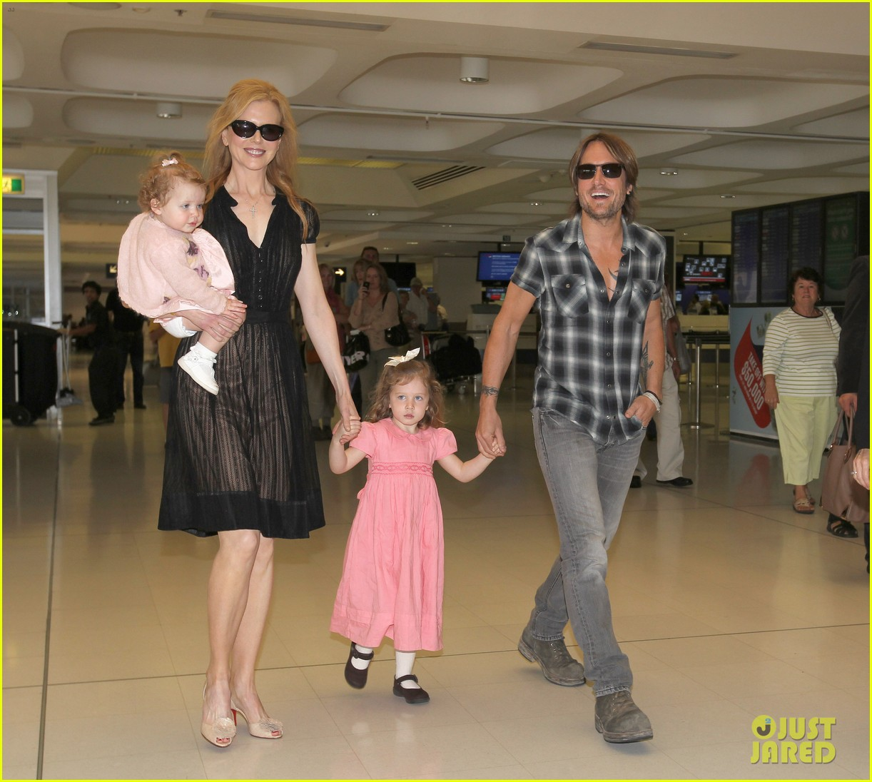 full sized photo of nicole kidman keith urban kids sydney