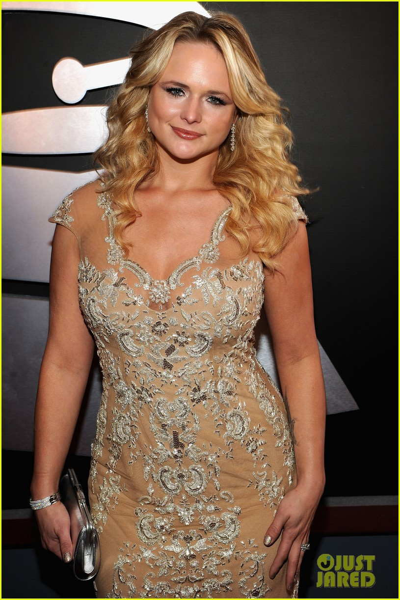 miranda lambert blake shelton grammy awards 03