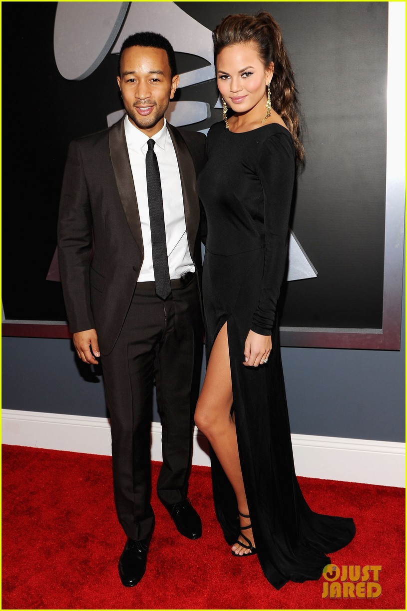 john legend chrissy teigen grammy awards 02