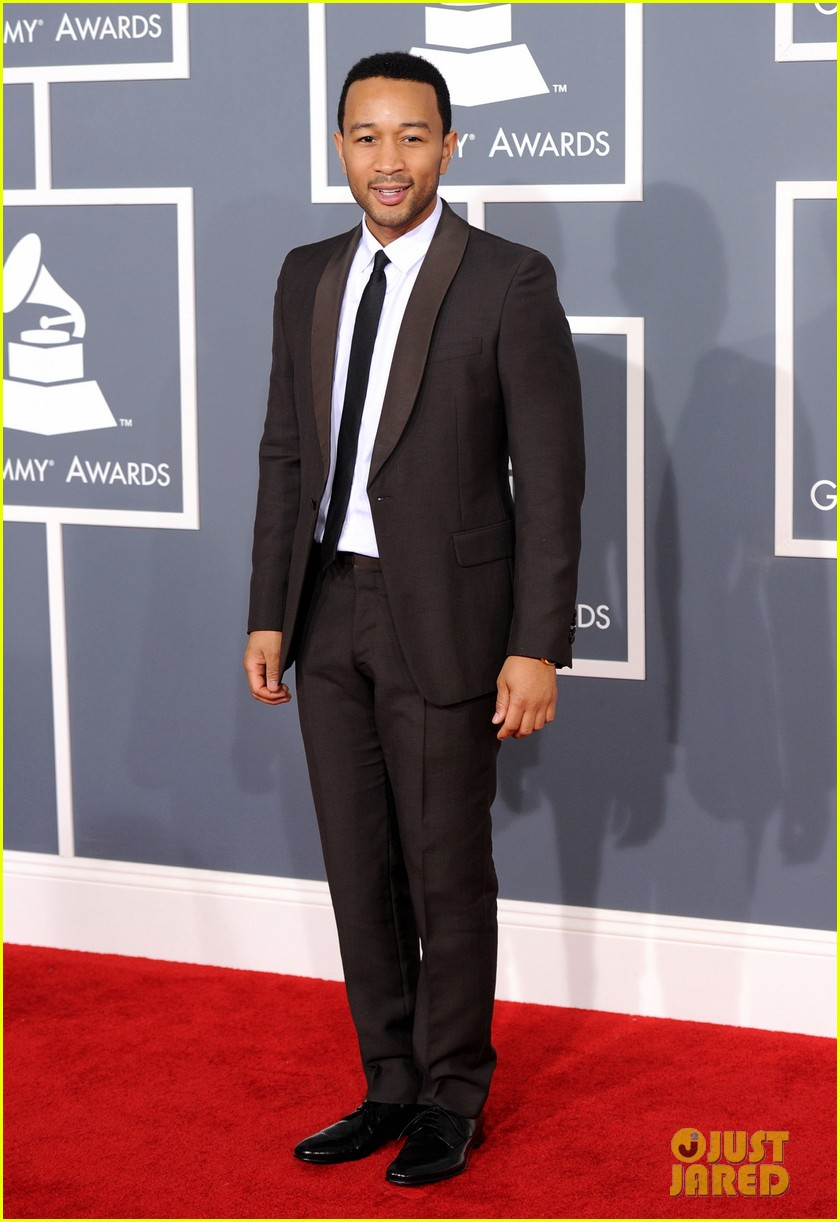 john legend chrissy teigen grammy awards 05