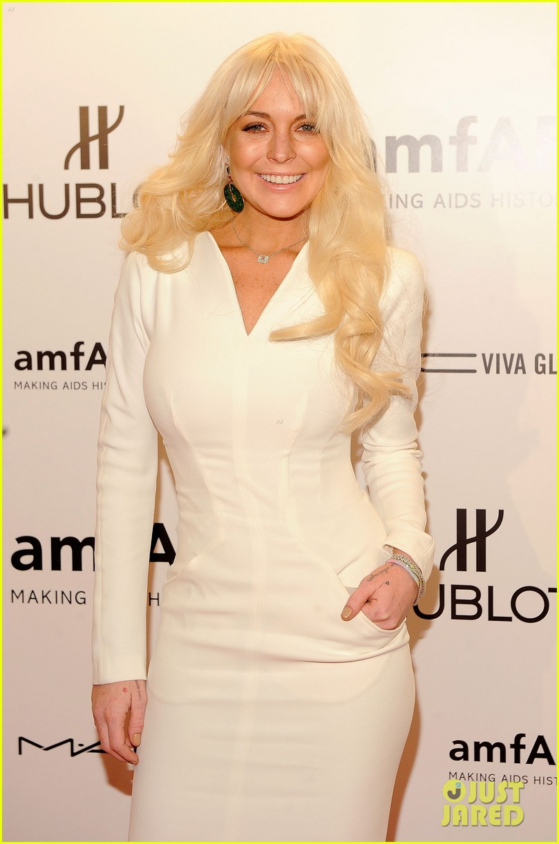 lindsay lohan amfar gala 01