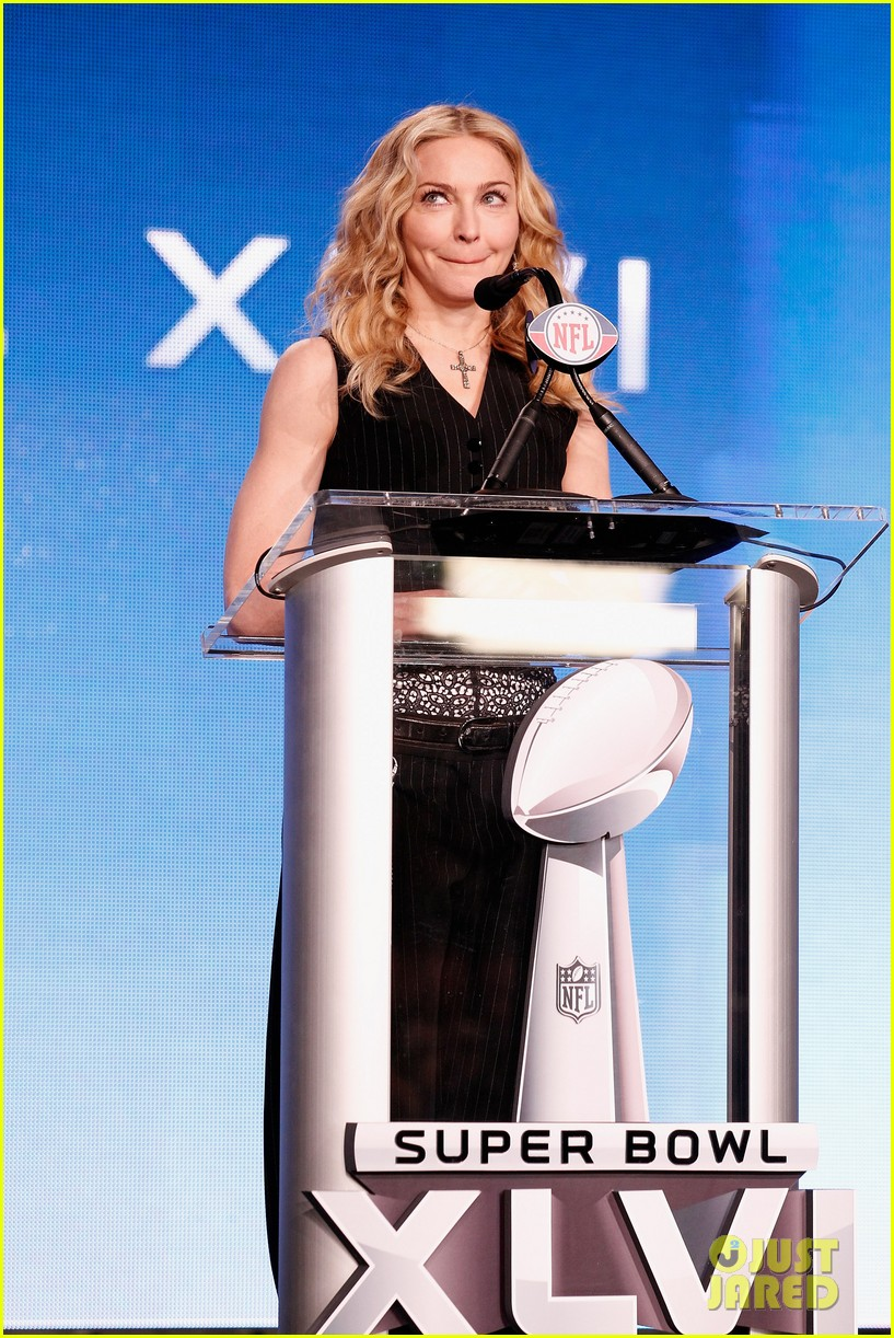 madonna super bowl press conference 08