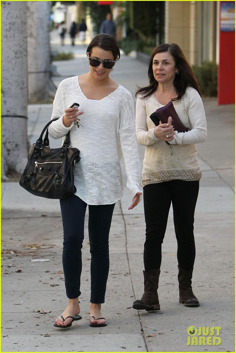 Lea Michele mom
