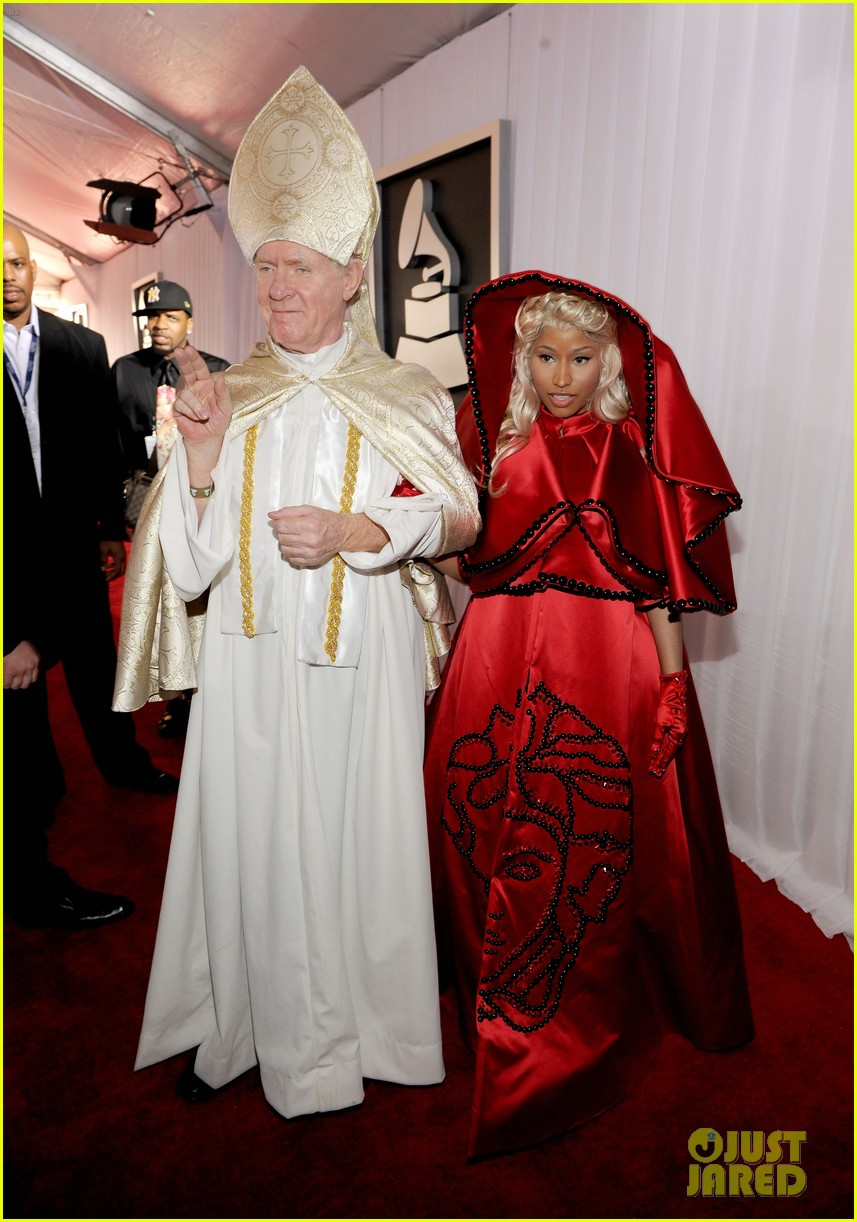nick minaj grammy awards 2012 05