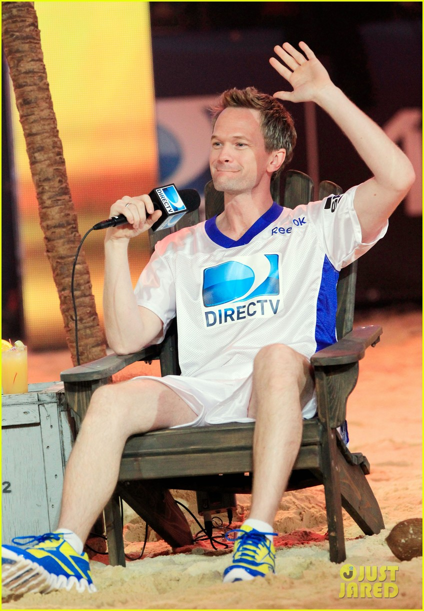 neil patrick harris jane krakowski celebrity beach bowl 032625571