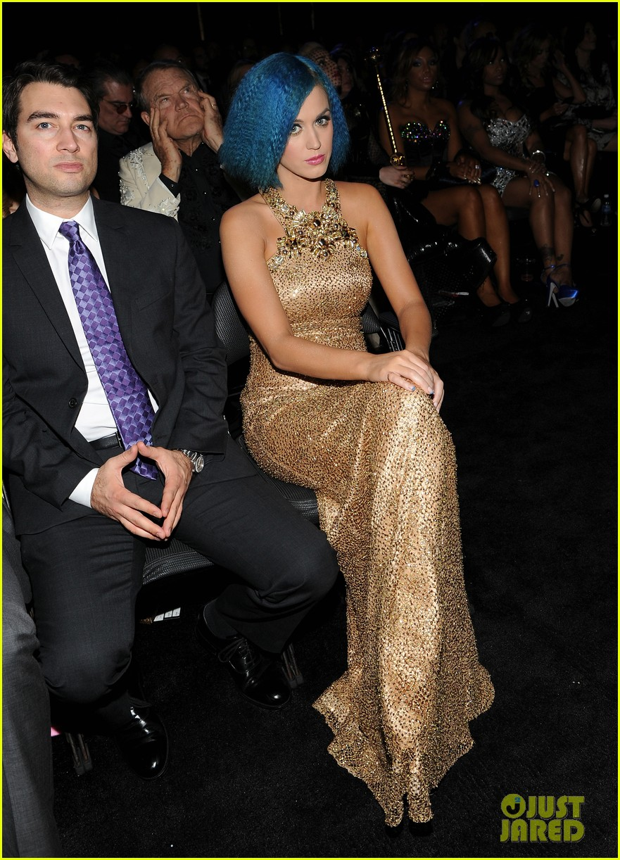 katy perry grammys golden gal 02