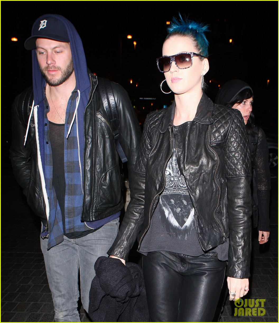 katy perry johnny wujek airport 04