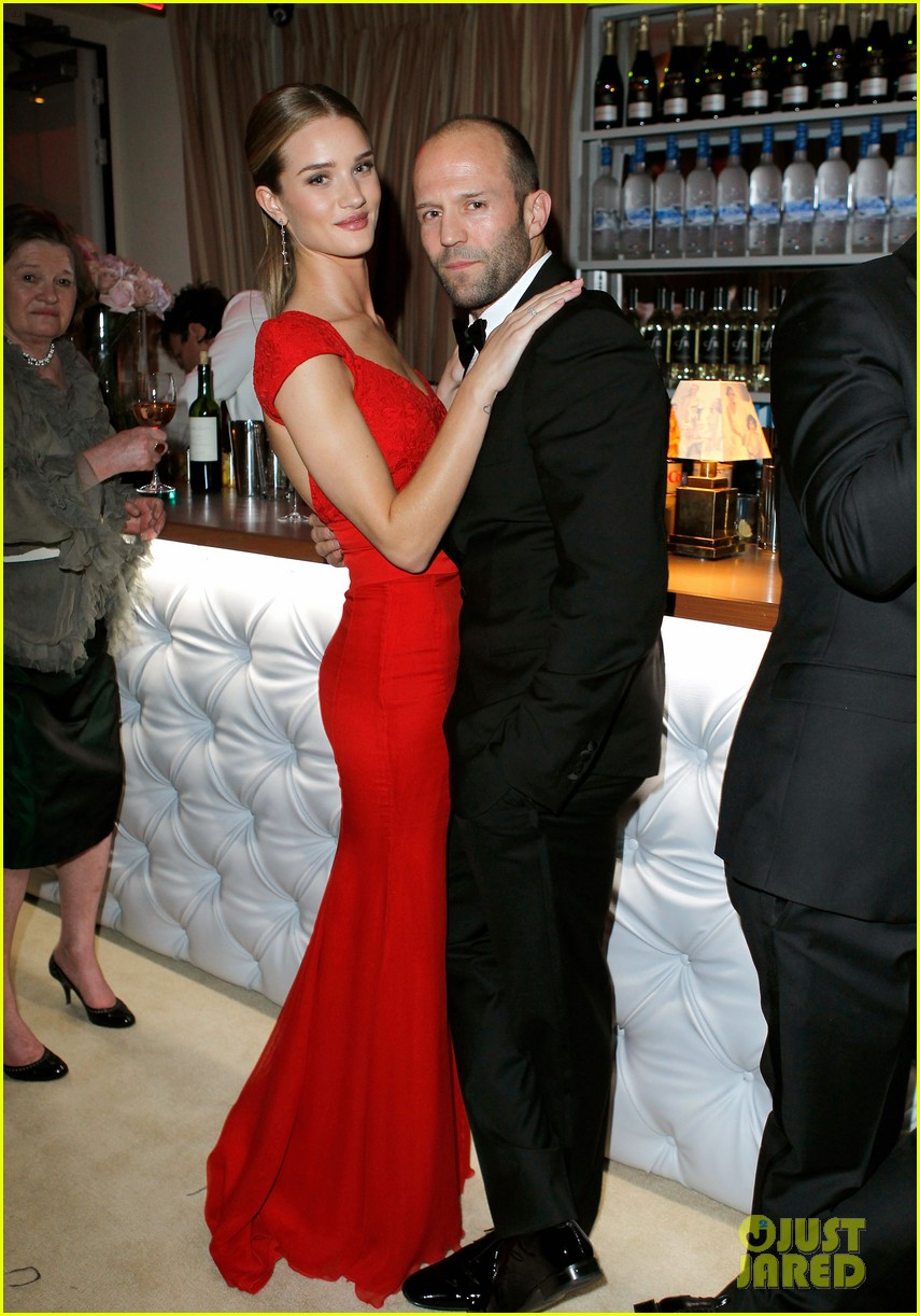 rosie huntington whiteley jason statham vanity fair party 04