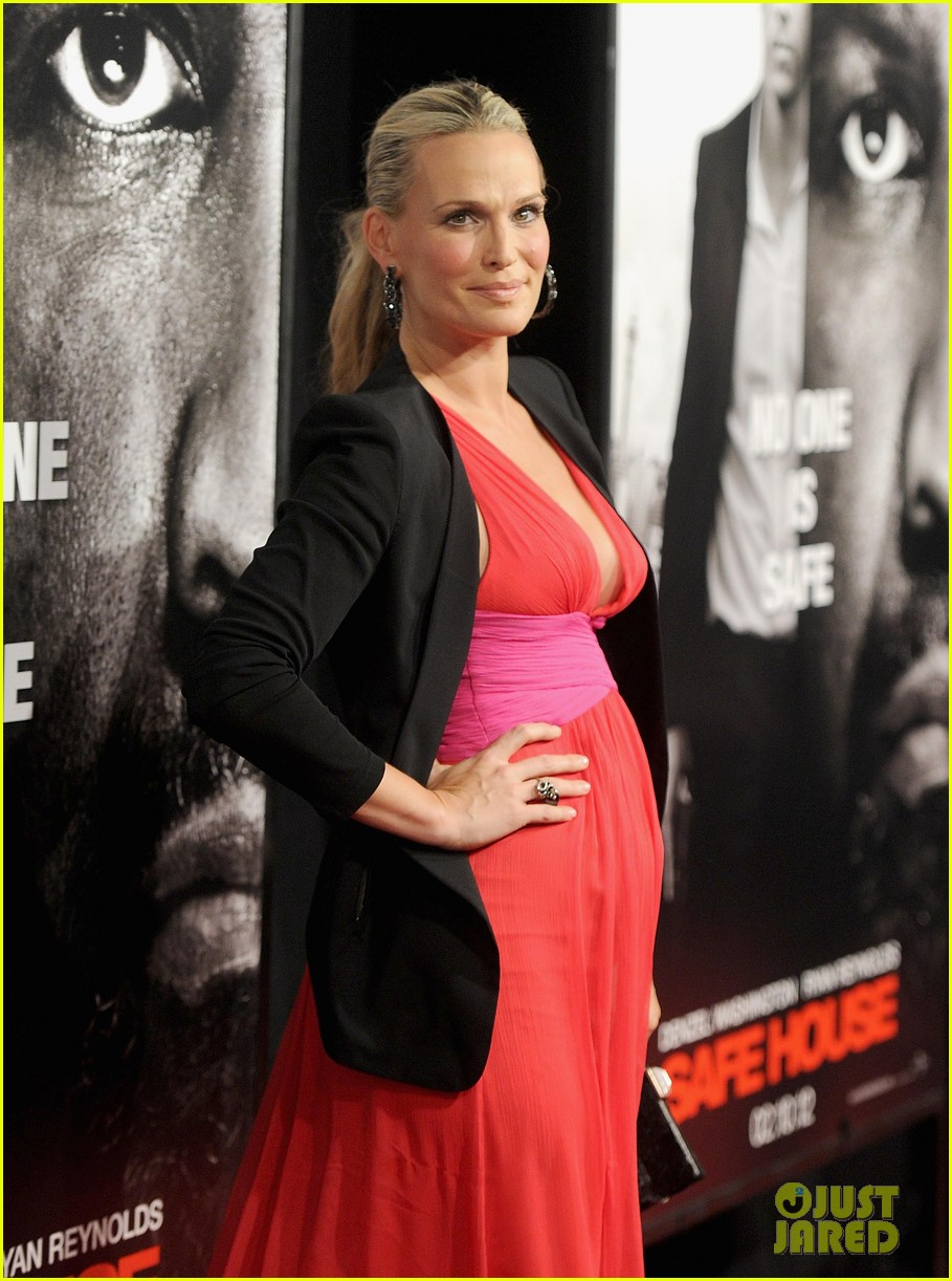 molly sims safe house premiere 012626458