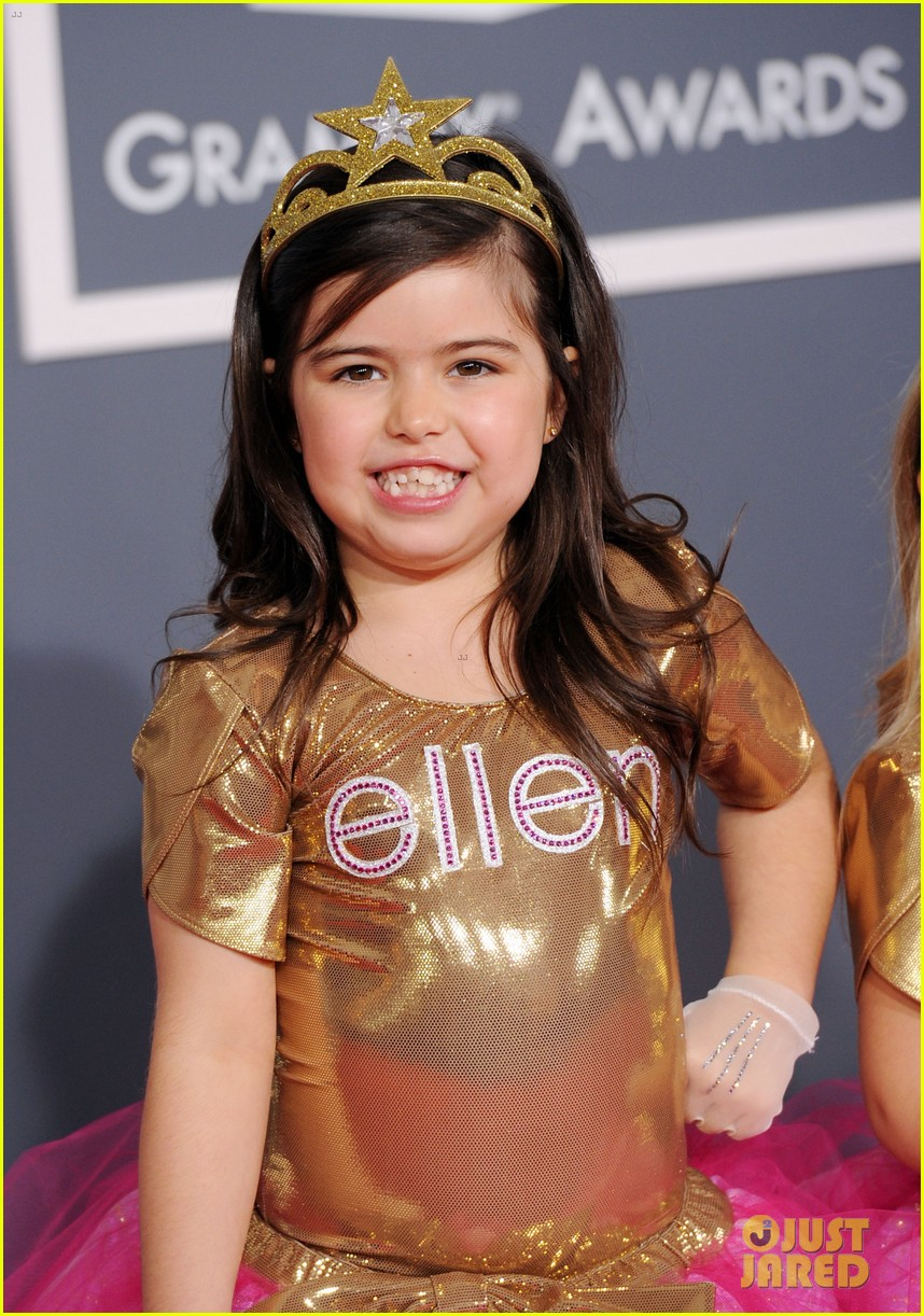 sophia grace rosie grammys 2012 red carpet 01