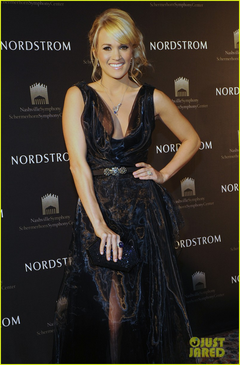 carrie underwood nordstrom fundraiser 05