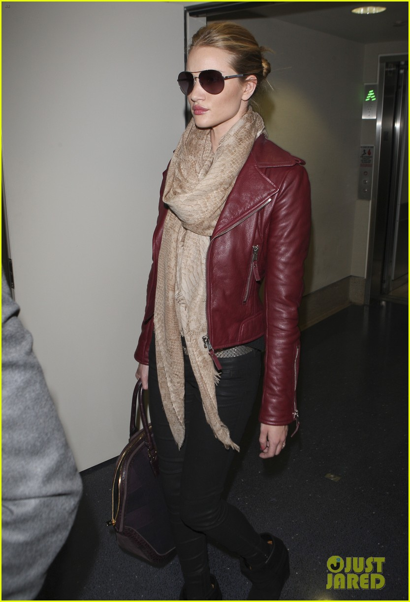 rosie huntington whiteley lax with jason statham 06