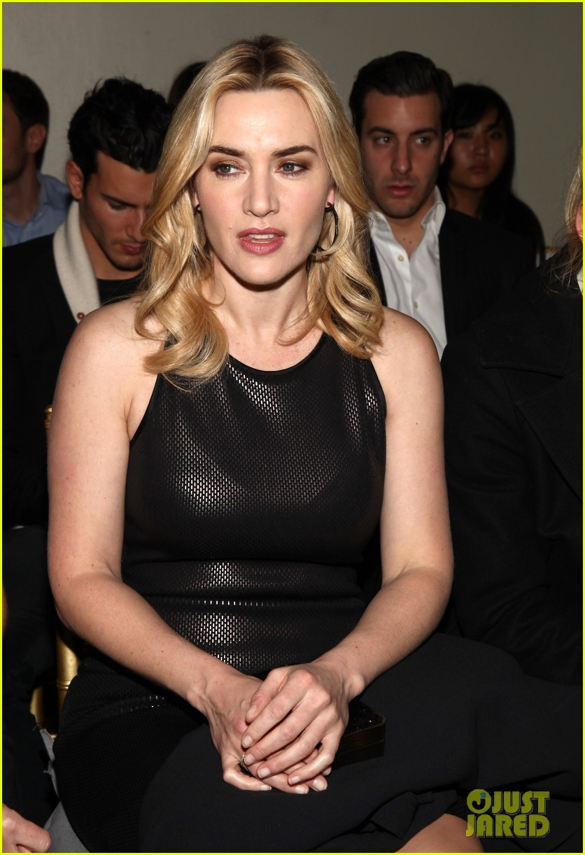 kate winslet st johns fashion presentation 11