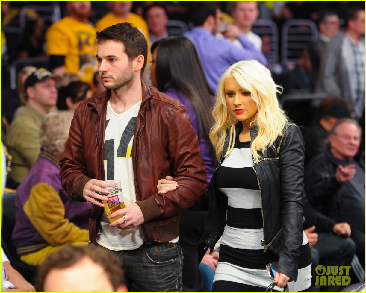 christina aguilera matt rutler lakers lovers 02