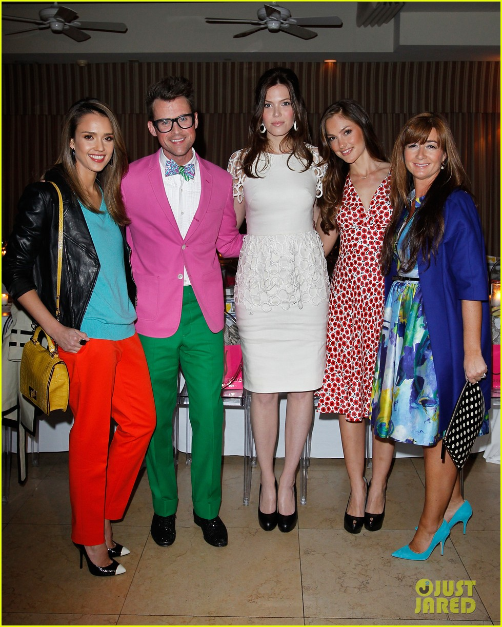 jessica alba celebrates brad goreskis book launch 022639209