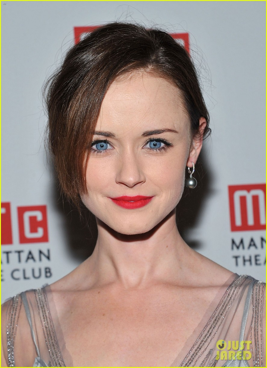 alexis bledel regrets off broadway opening 06