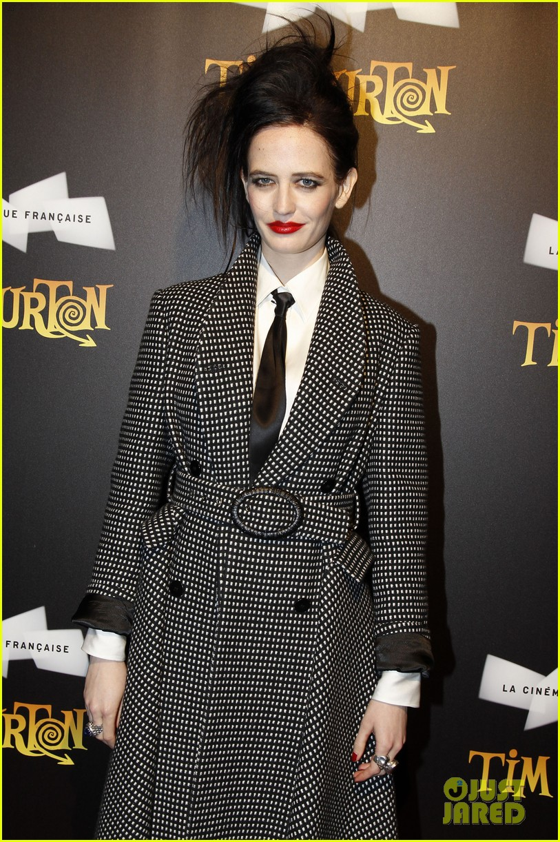 helena bonham carter tim burton exhibition with eva green 082636173