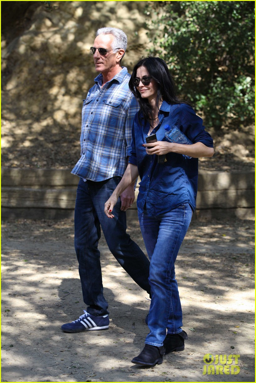 courteney cox cougar town location scouting 082635474