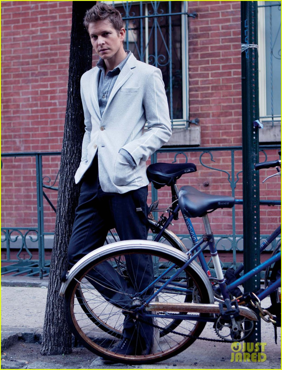 matt czuchry august man march 2012 02