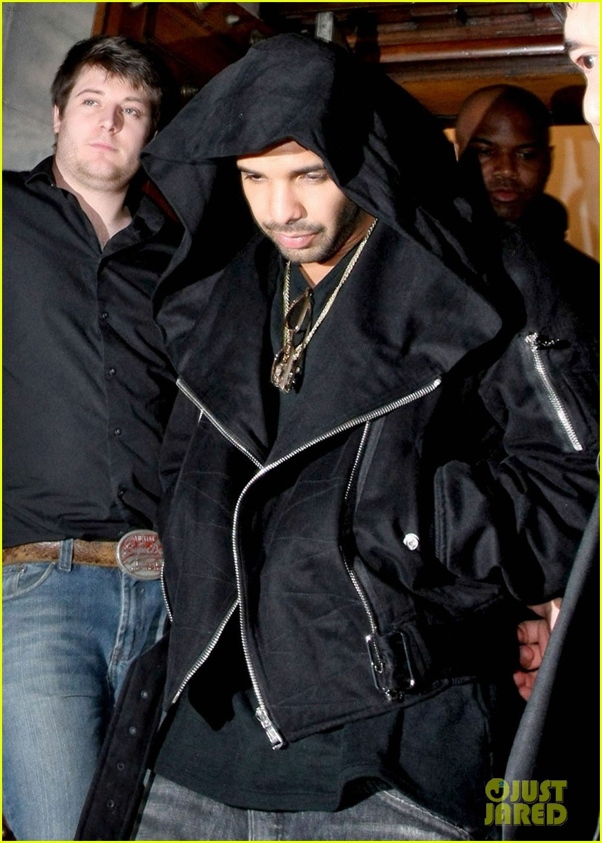 drake out and about 03