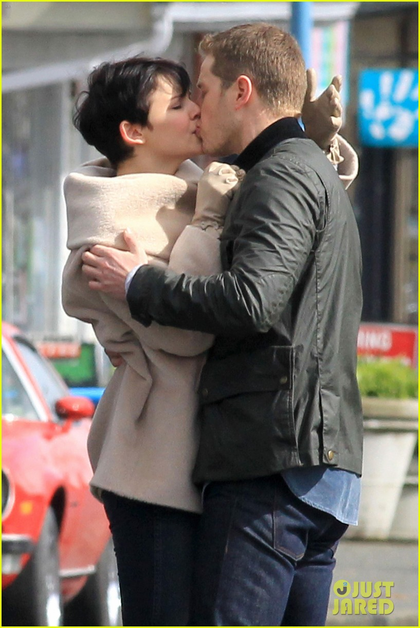 ginnifer josh on set 01