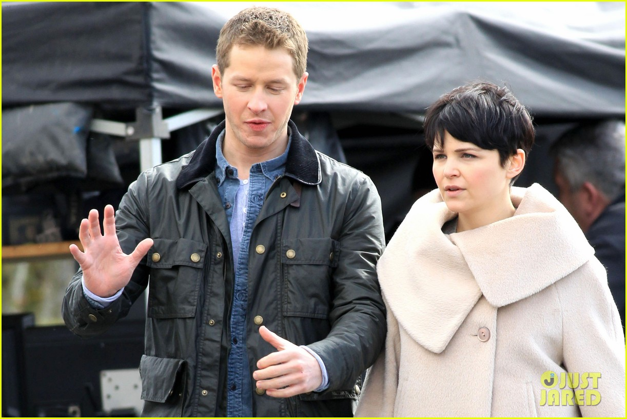 ginnifer josh on set 05