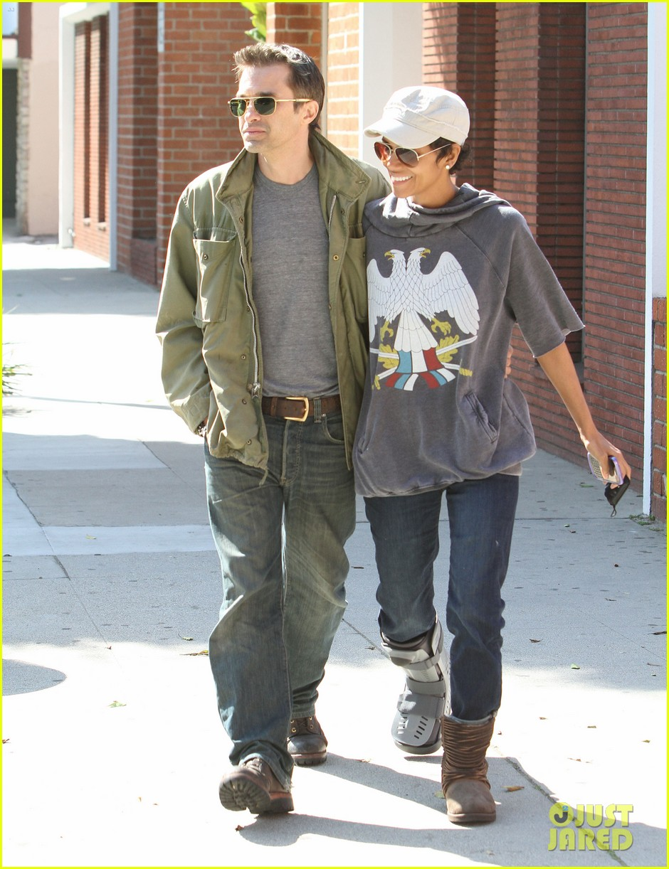 halle berry olivier martinez doctor appointment 07