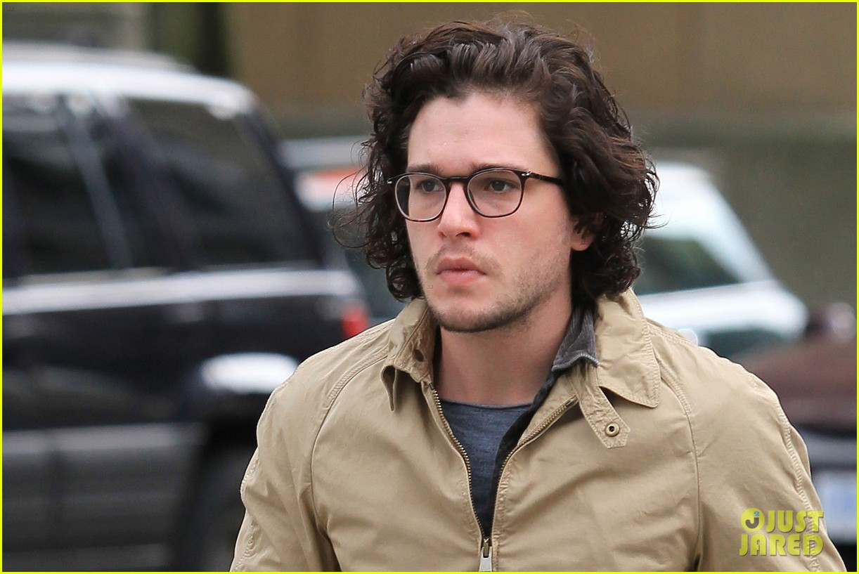 kit harington 7 eleven 052640429