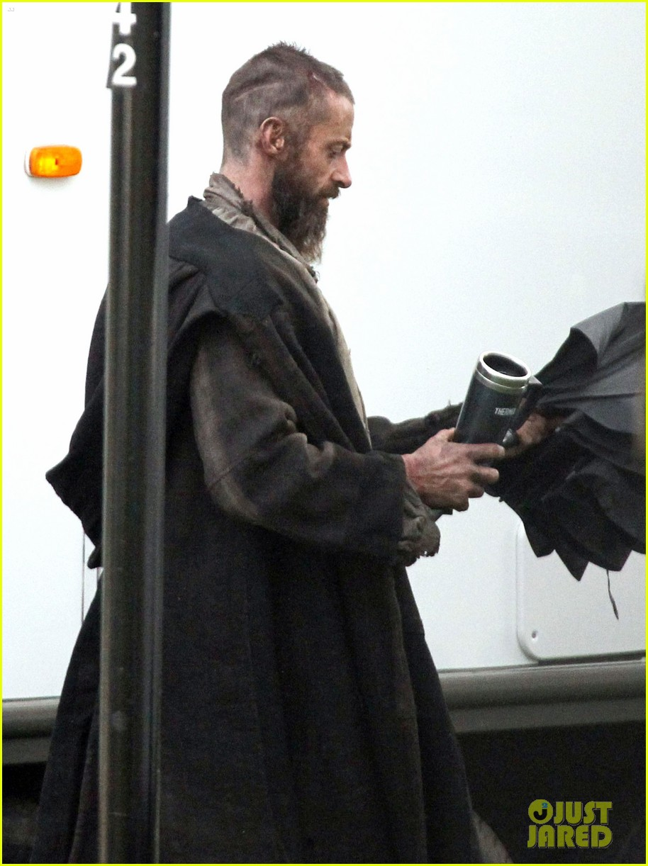 hugh jackman les mis first pictures jean valjean 05