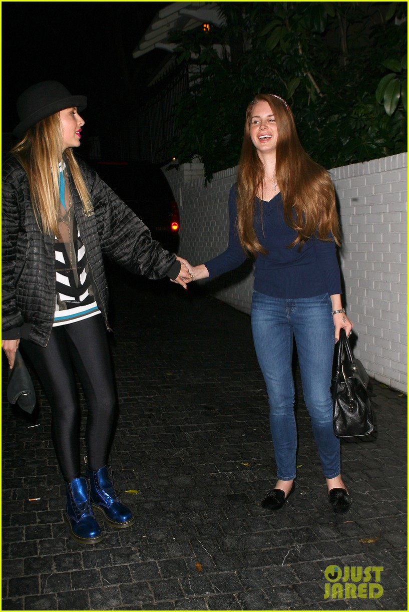 lana del rey chateau marmont night 16