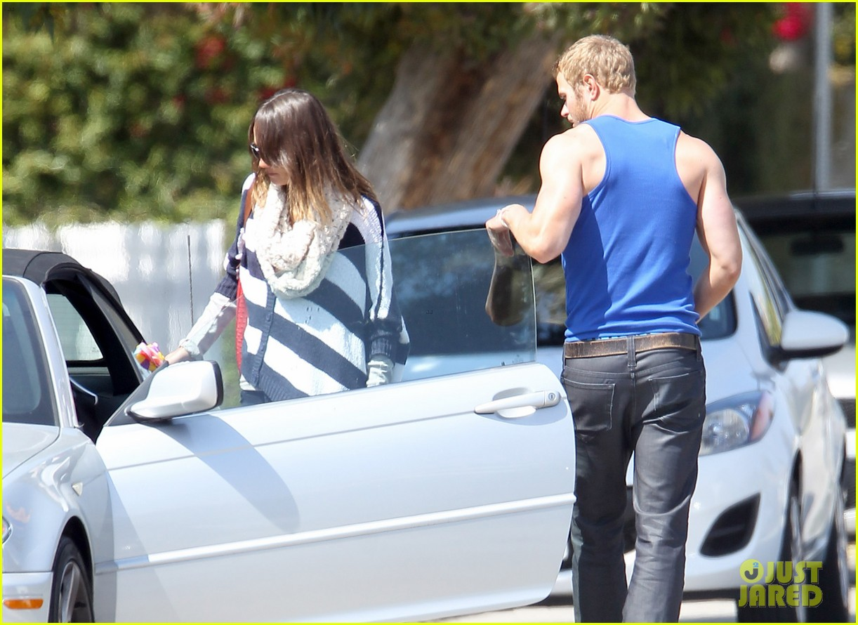 kellan lutz goodbye kiss with sharni vinson 09