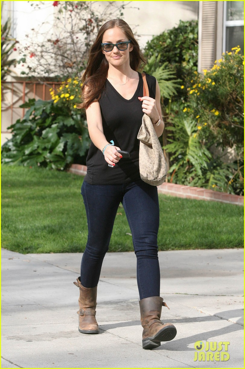 minka kelly whole foods 03