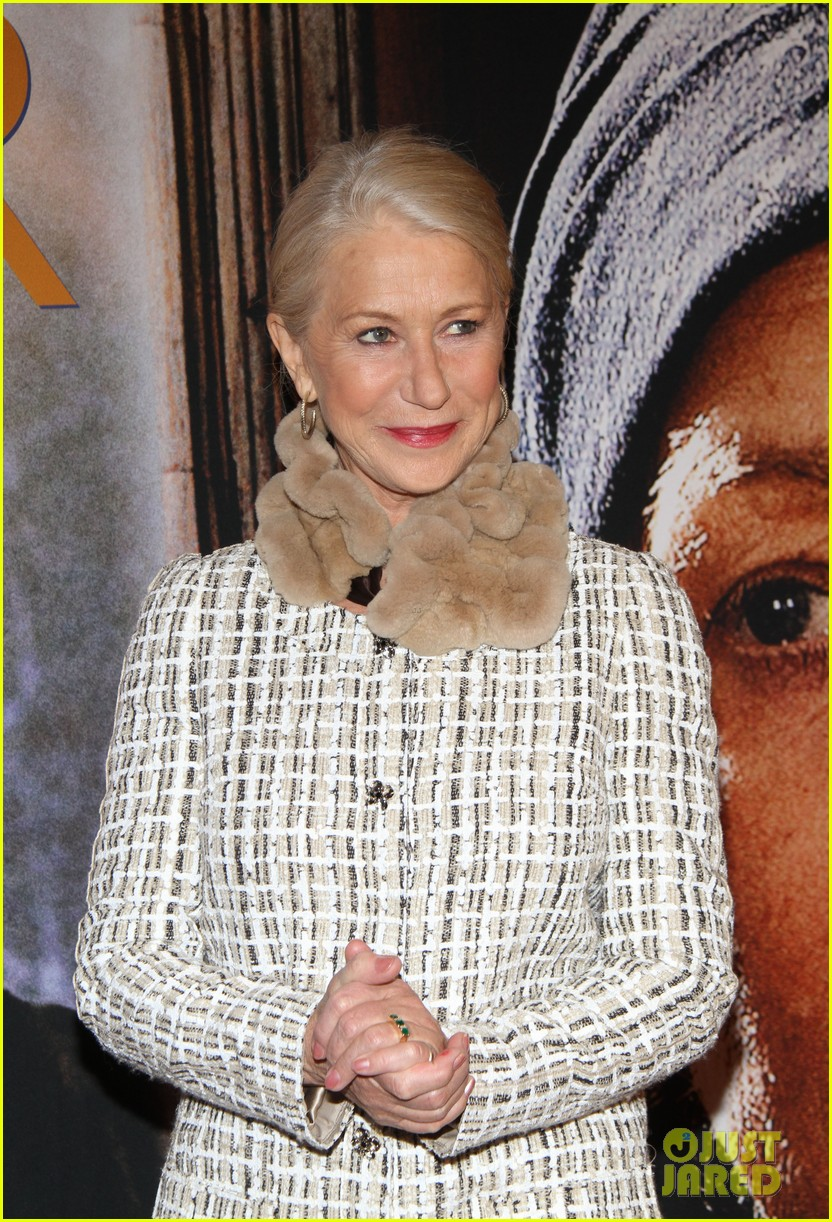 helen mirren door berlin premiere 09