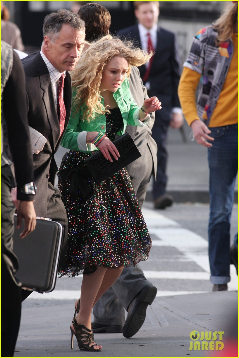 annasophia robb the carrie diaries 80s cutie 09