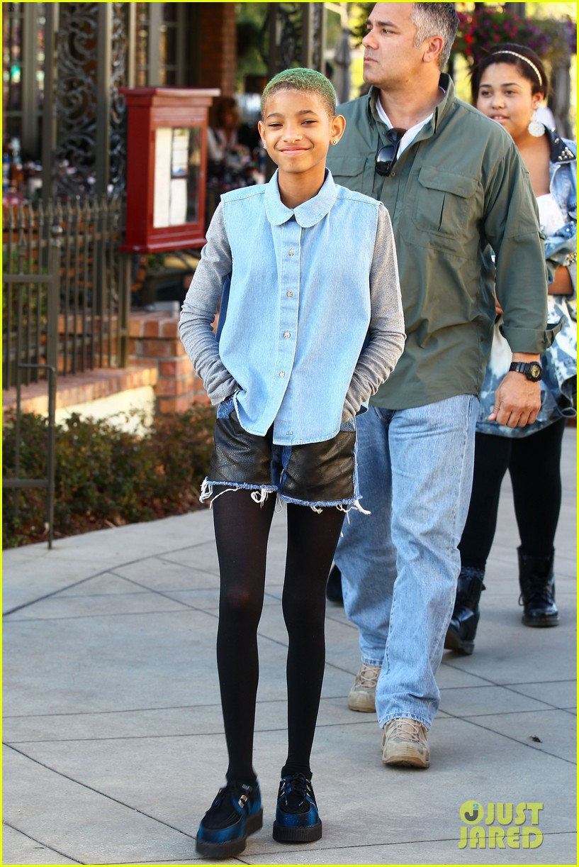 willow smith commons at calabasas trip 07