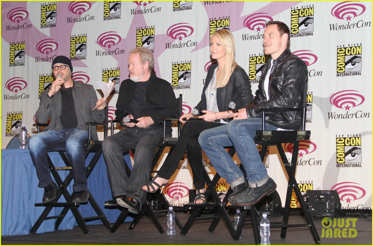 charlize theron michael fassbender prometheus panel wondercon 01