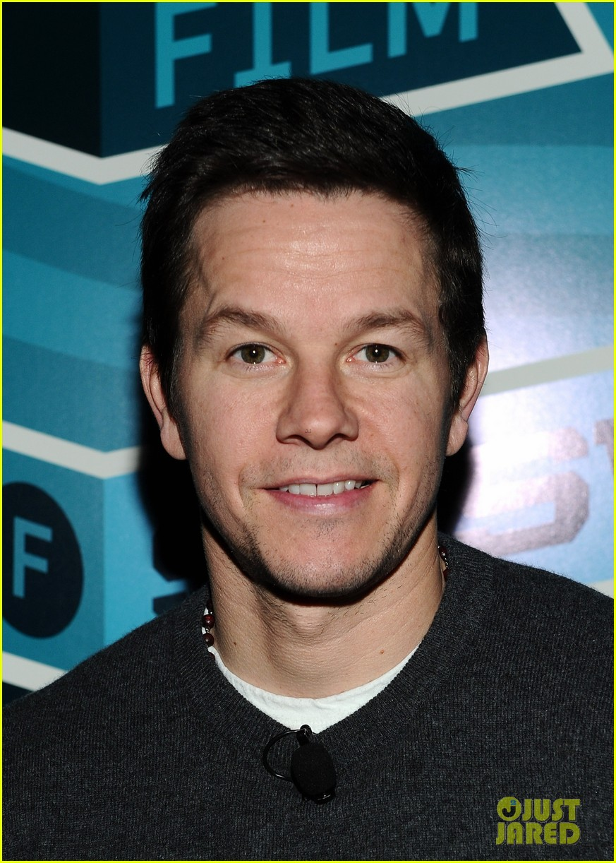 mark wahlberg a conversation with seth macfarlane 06