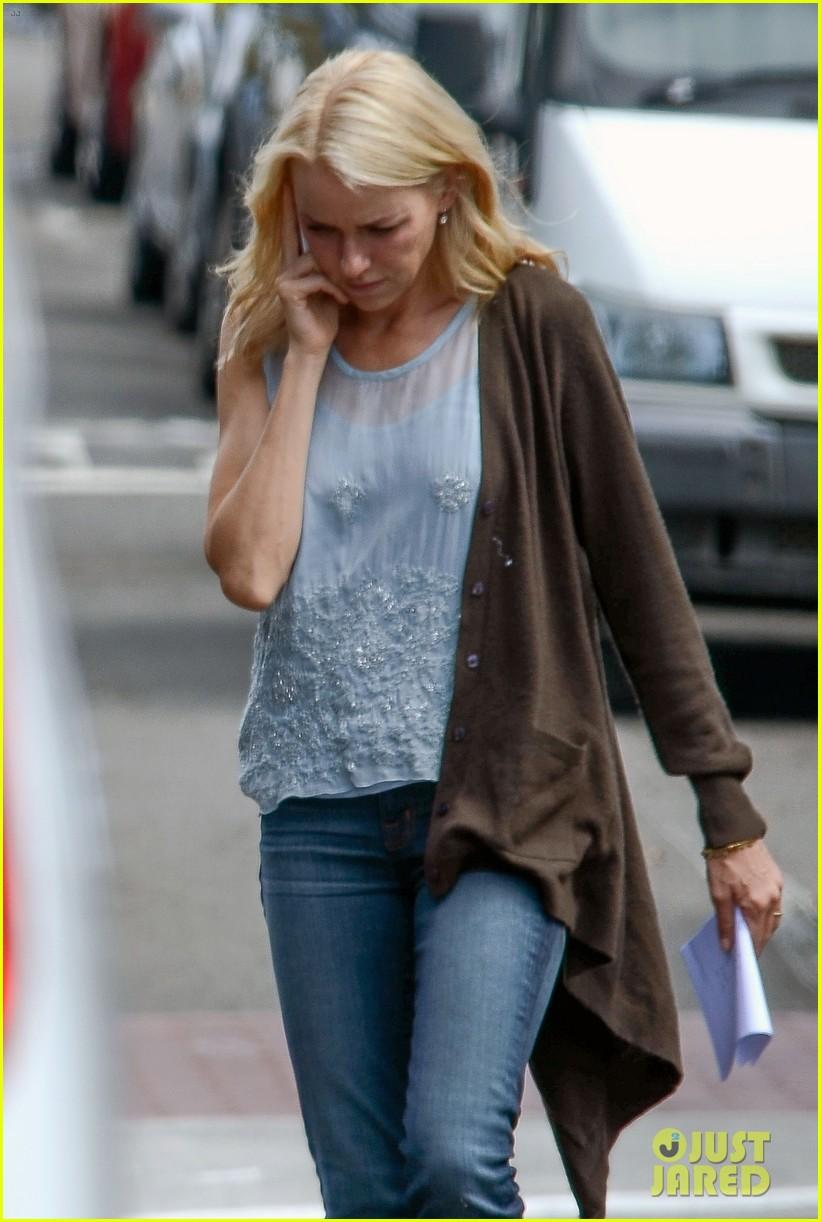 naomi watts xavier samuel grandmothers 042641537