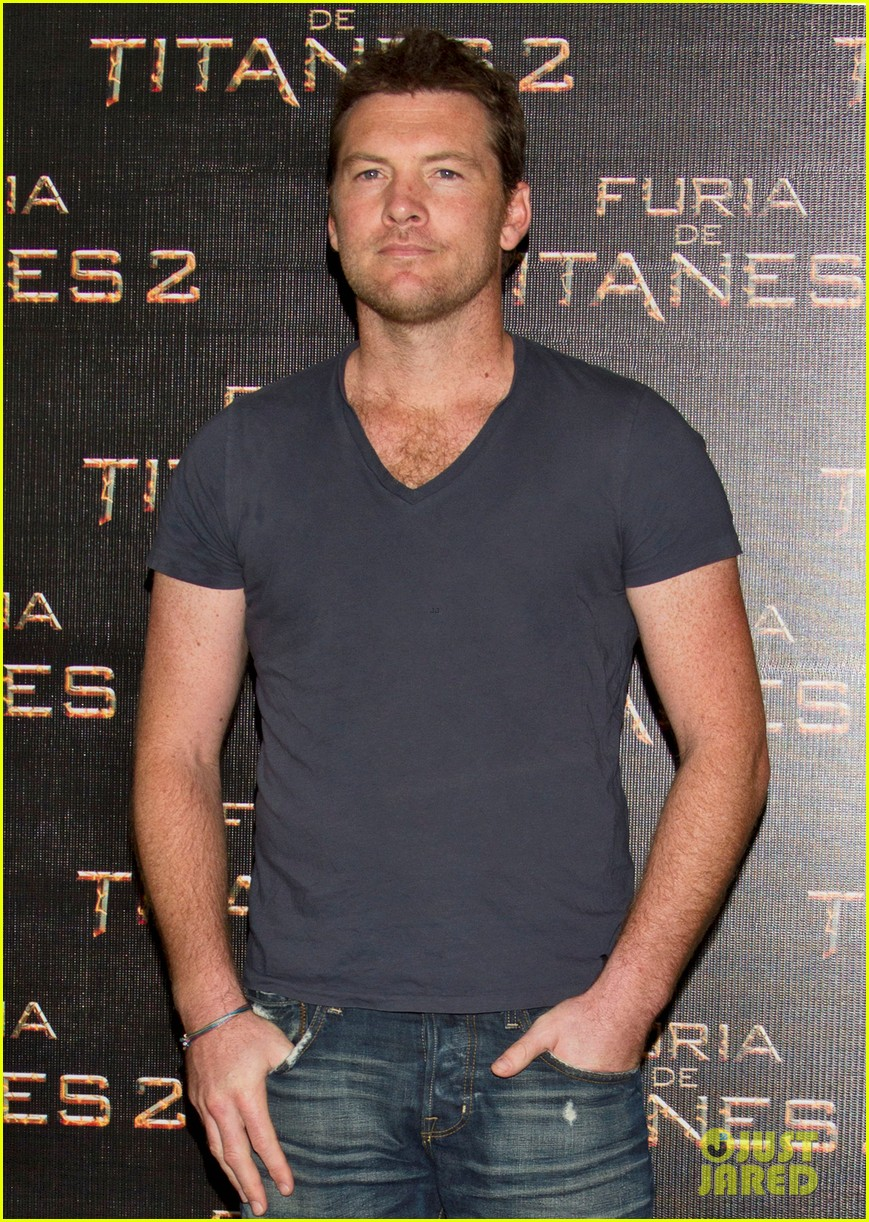 sam worthington wrath titans mexico 02