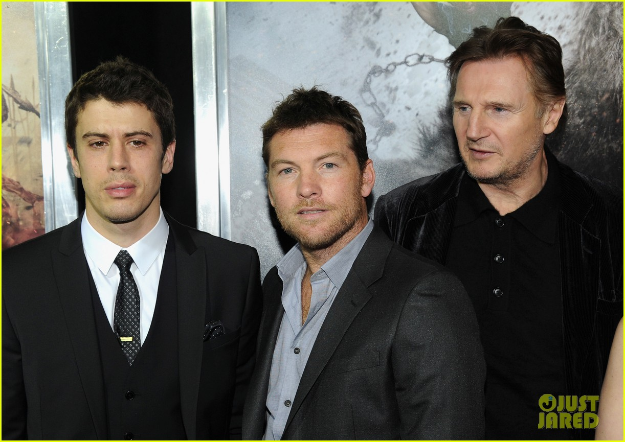 sam worthington liam neeson wrath titans premiere 03