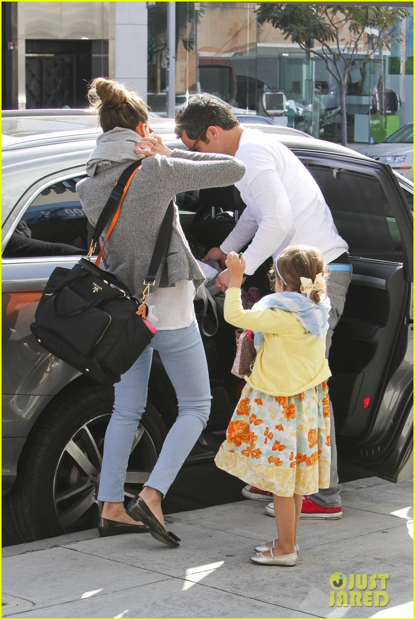jessica alba easter family brunch 16