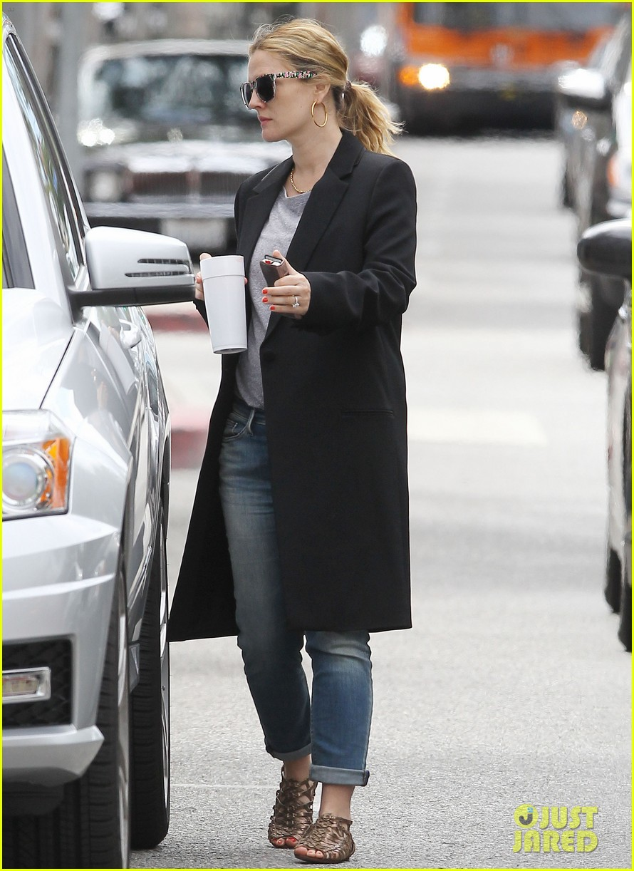 drew barrymore leaving office 06