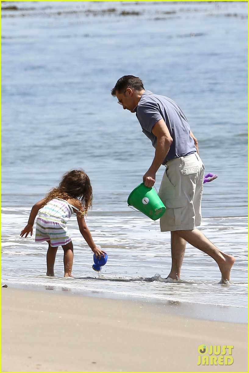 halle berry olivier martinez malibu beach time with nahla 25