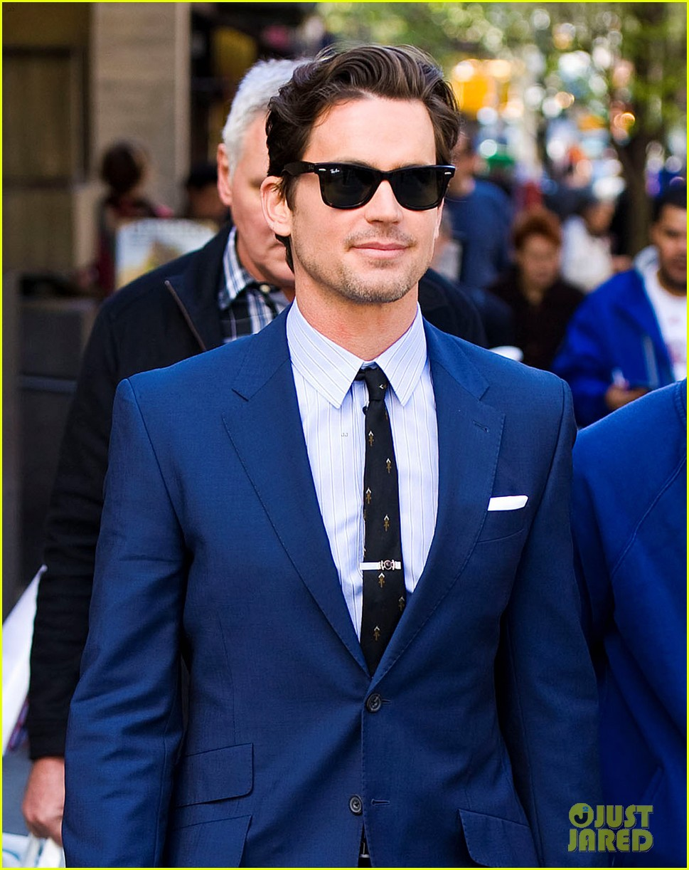 matt bomer blue suit white collar 03