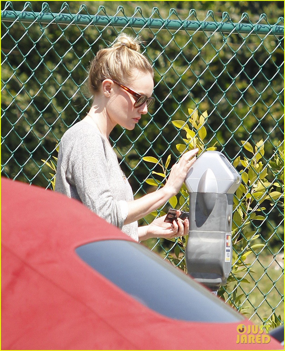kate bosworth sneakers 03