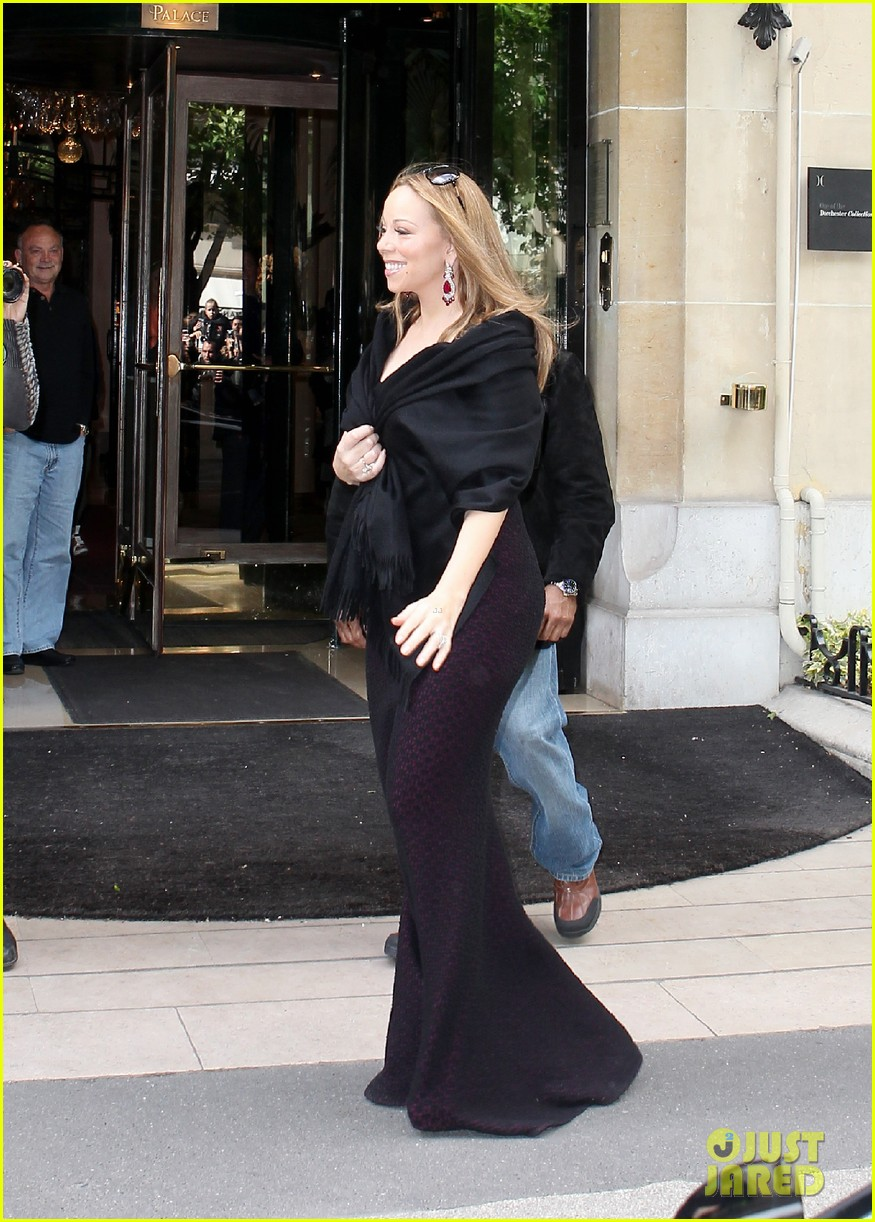 mariah nick leaving paris 19