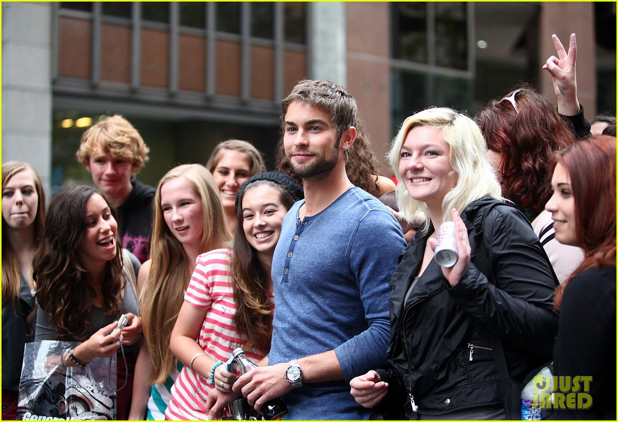 chace crawford fun down under 032652763