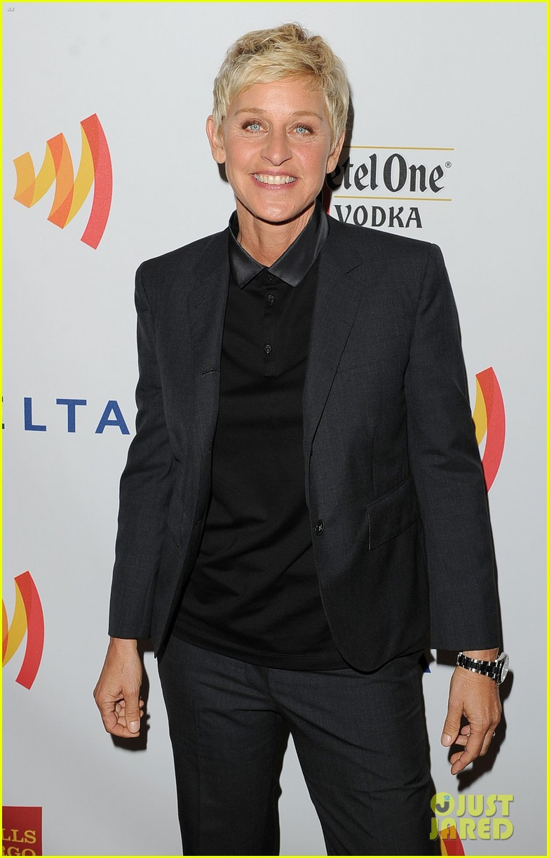 ellen degeneres glaad media awards with portia de rossi 112652211