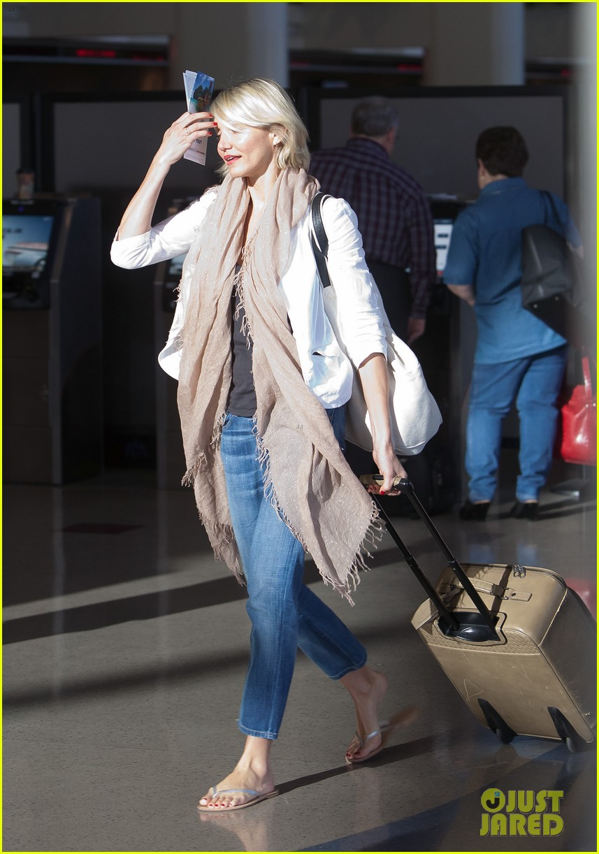 cameron diaz early morning flight 062646461